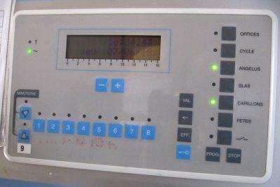 Clavier numérique du carillon installé en 1996